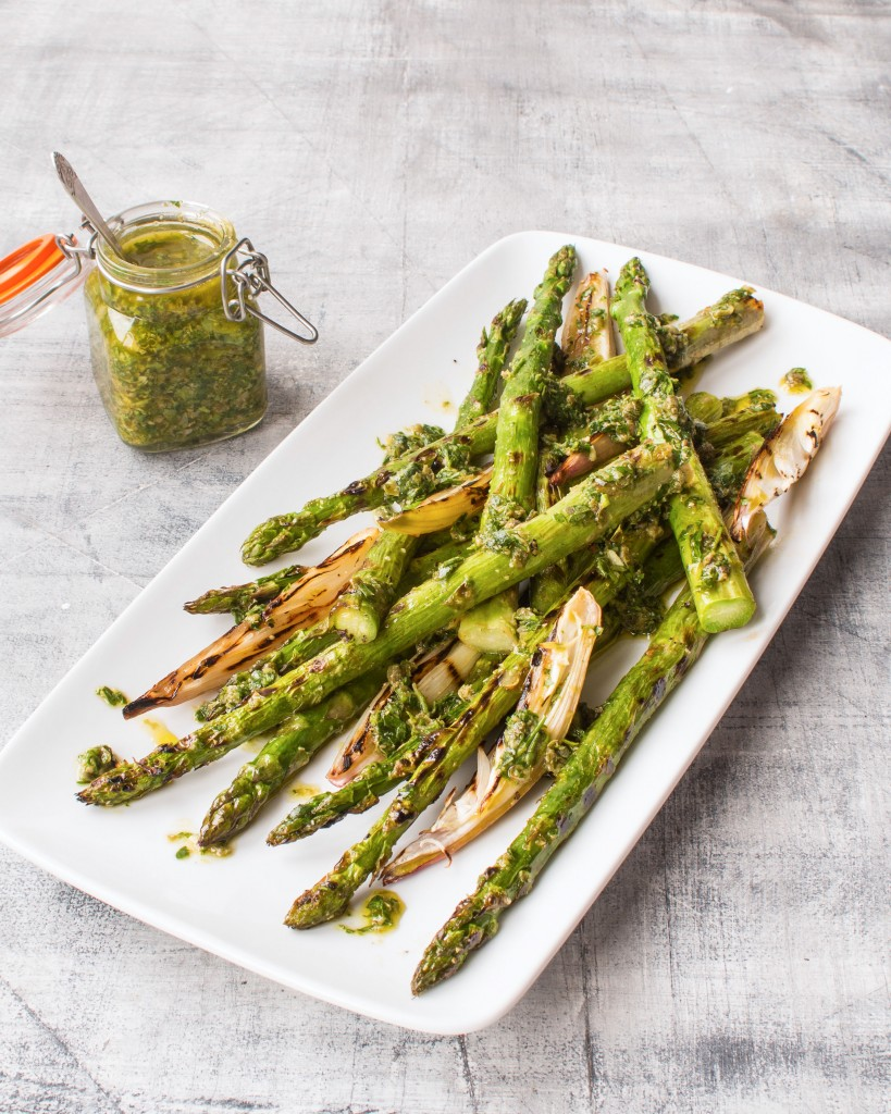Vegan Griddled British asparagus and shallots with salsa verde