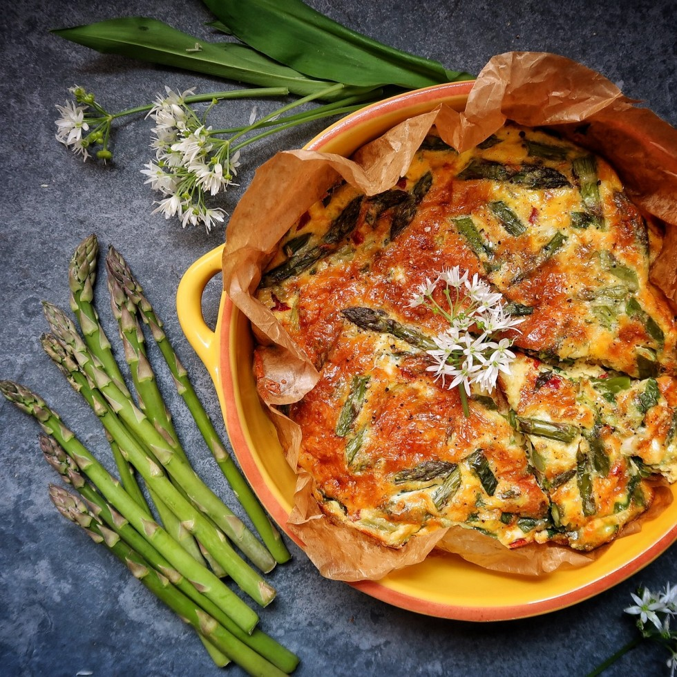 The Slimming Foodie's British Asparagus, Roasted Red Pepper and Wild Garlic Frittata